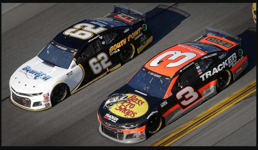 в этом году в NASCAR 6