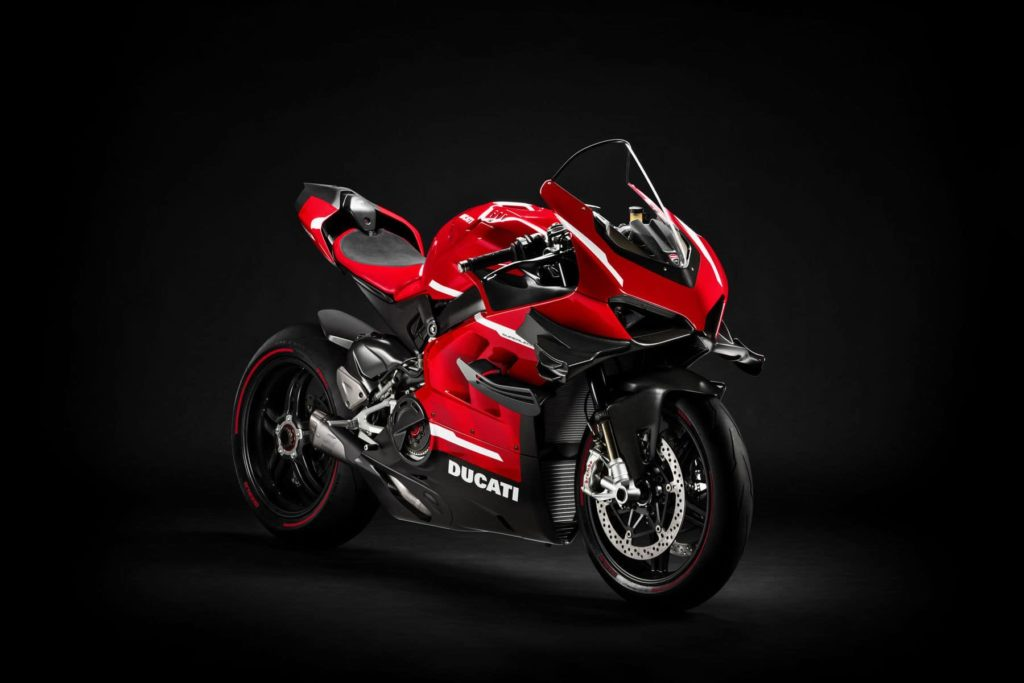 Ограниченная серия Ducati Superleggerra V4 молниеносна!, Спортивные автомобили