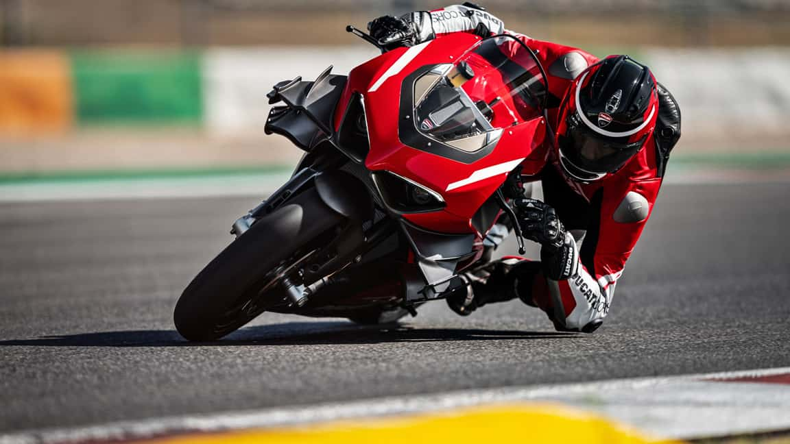 Ducati-Superleggerra-V4-9 1