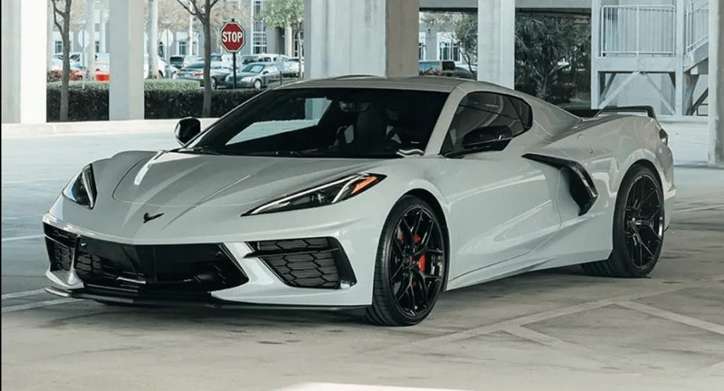 Уже есть C8 Corvette в аренду на Туро, Спортивные автомобили